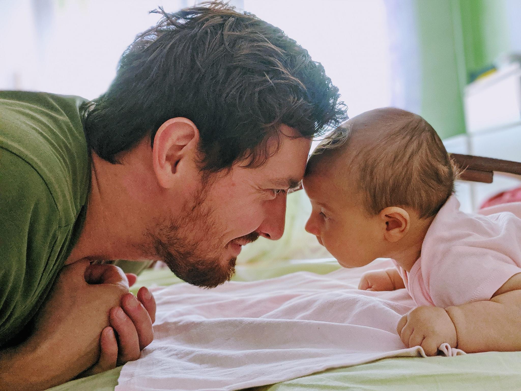 Батьківство – це не «допомагати дружині», а бути батьком своєї дитини