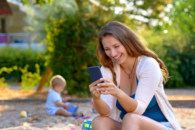А як багато часу ви проводите з телефоном в руках?